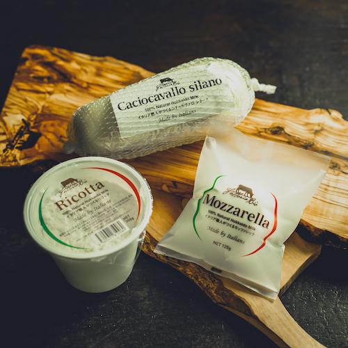 イタリア職人がつくるフレッシュチーズセット 【配送日指定がある場合は4営業日以降の日時をご指定ください(完全受注生産のため)】